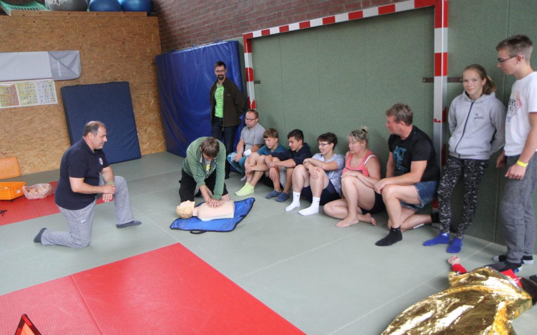 Erste-Hilfe-Kurs nach Judo-Camp in Schwerin