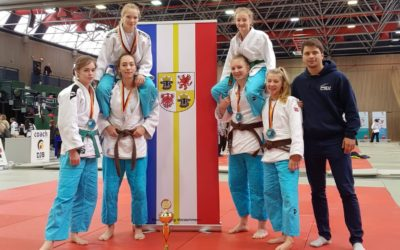 Schweriner Mädchen erkämpfen Silber beim Deutschen Jugendpokal der AK U 16