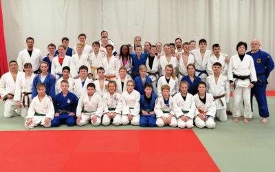 Jugendleitung auf Stippvisite beim Training zwischen Schwerinern und Lübecker Judoka